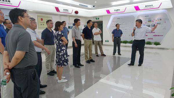 清华大学党委统战部考察团到访我院